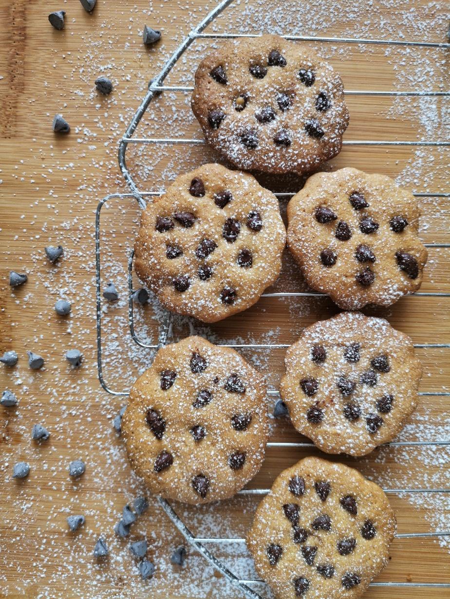 Biscotti con gocce dicioccolato